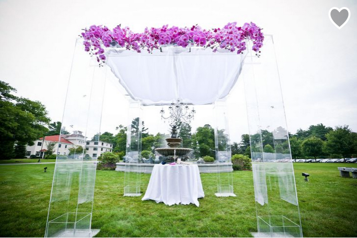 tupper-manor-spring-wedding-flowers-featured-in-the-knot copy