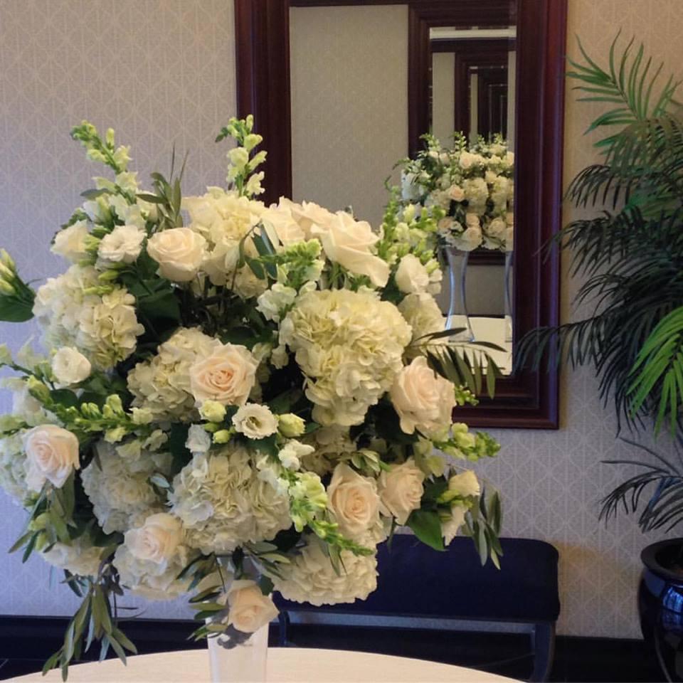 Boston Fall Wedding Flowers - Colonnade Hotel