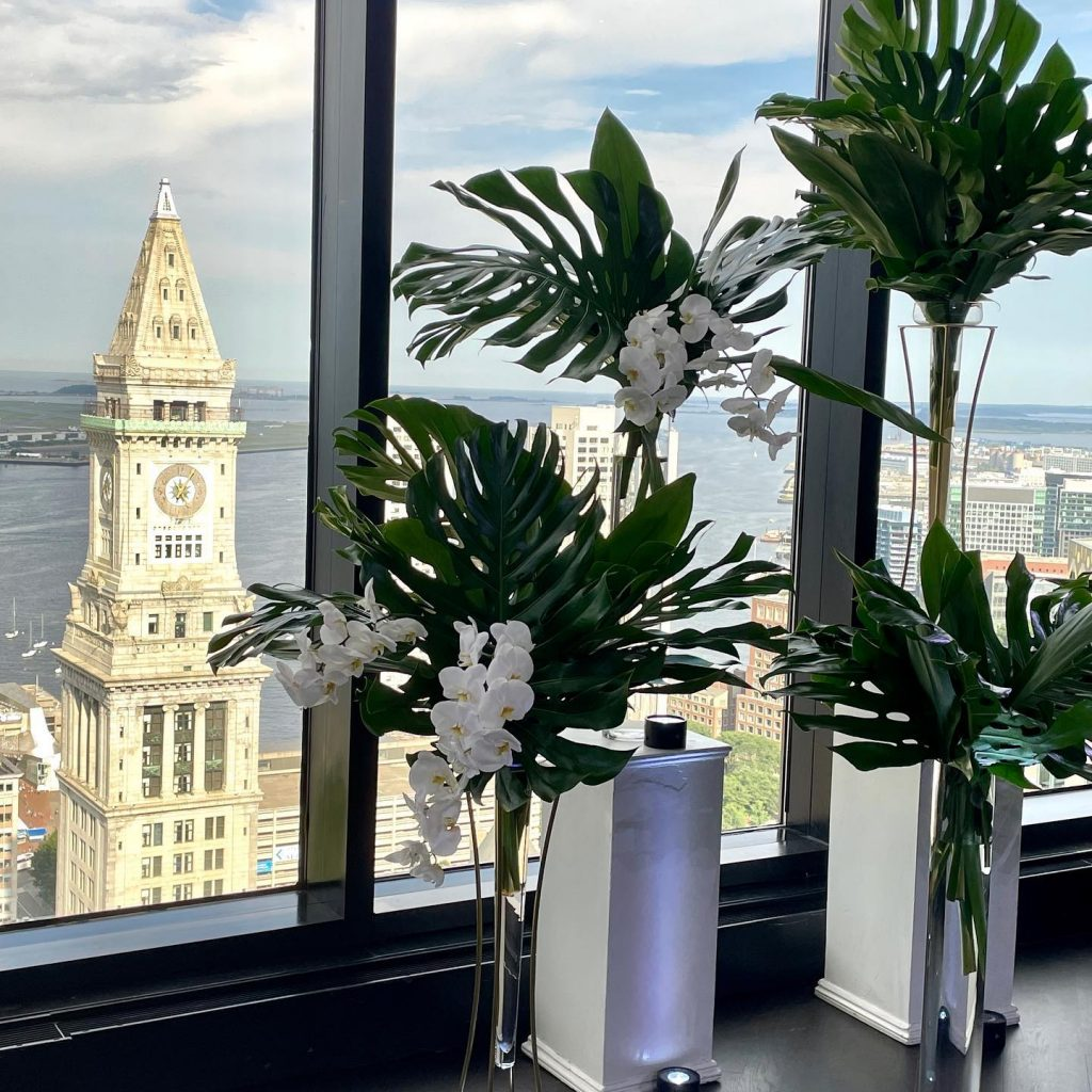 Photograph of Summer wedding at the State Room in Boston